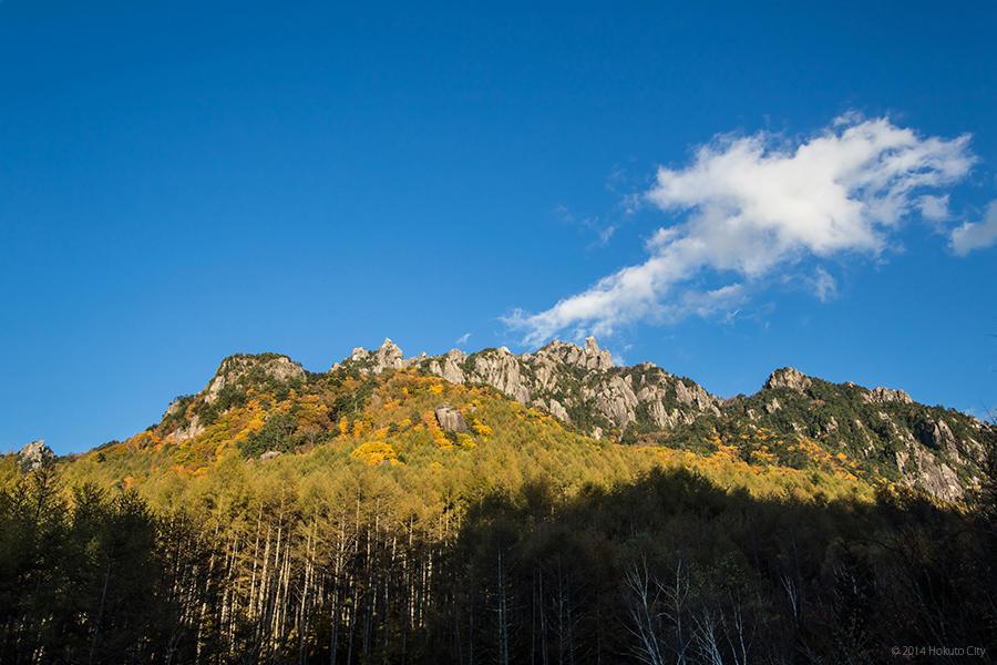 03.みずがき山自然公園からの瑞牆山 05