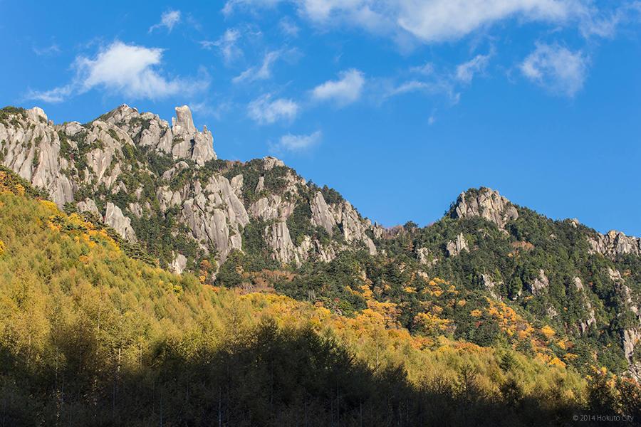 03.みずがき山自然公園からの瑞牆山 06
