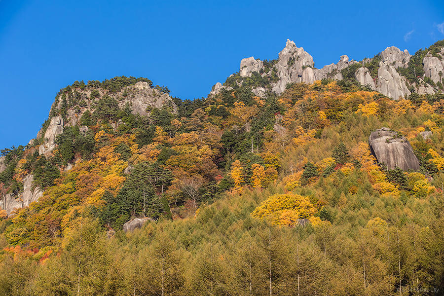 03.みずがき山自然公園からの瑞牆山 08