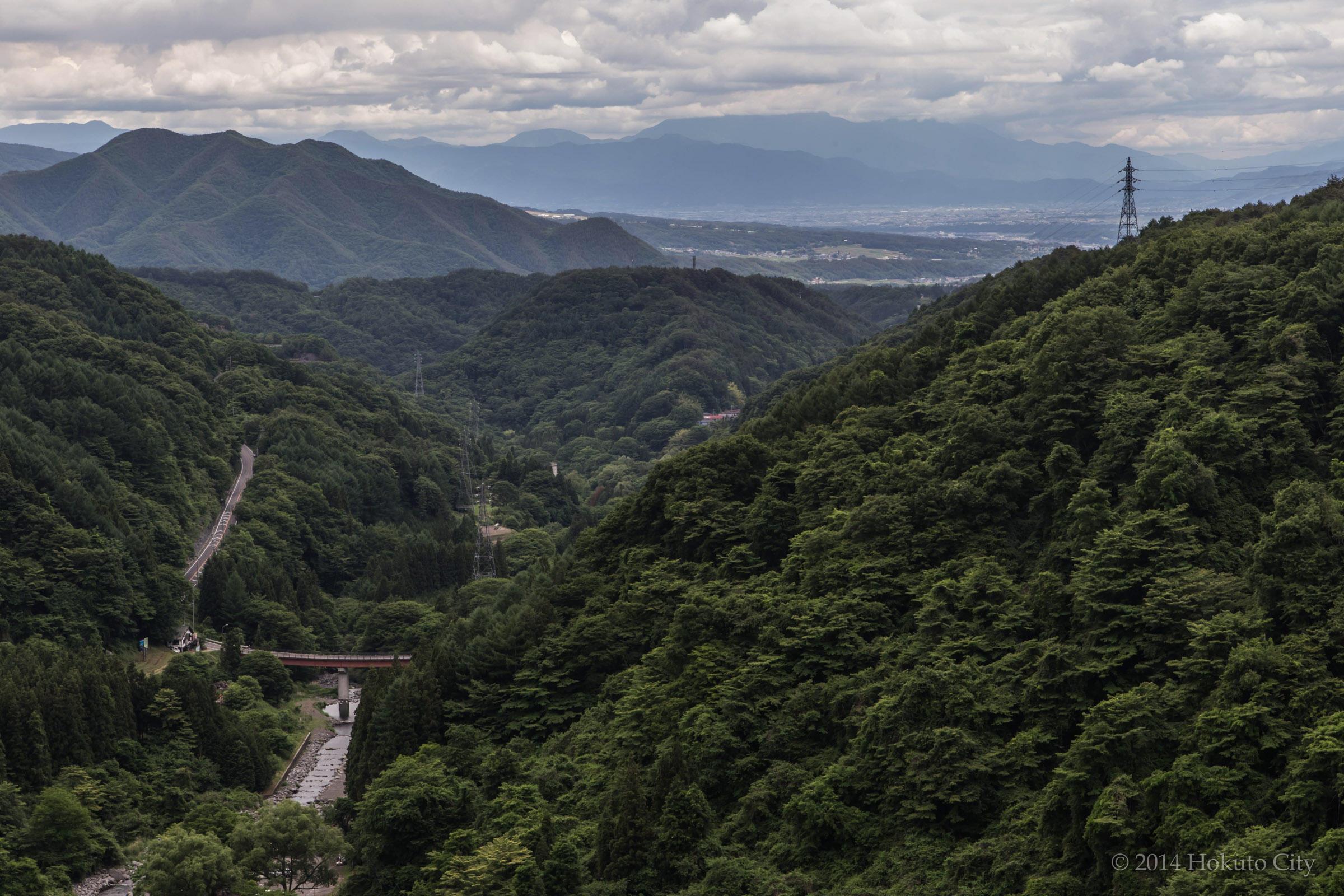 07.高原大橋からの八ヶ岳と川俣川渓谷 01