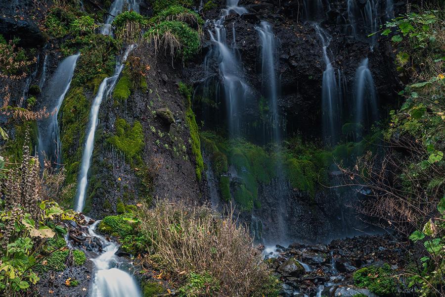 10.吐竜の滝と川俣川渓谷 11