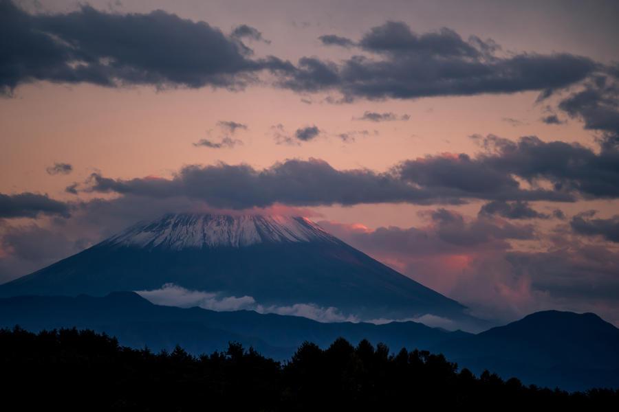 明野町浅尾より望む富士山