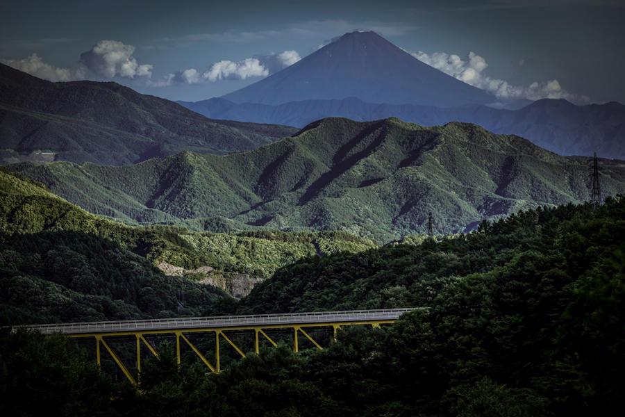 大泉町西井出から望む富士山