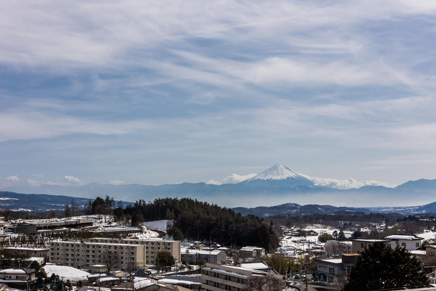 長坂コミュニティ・ステーションから望む富士山