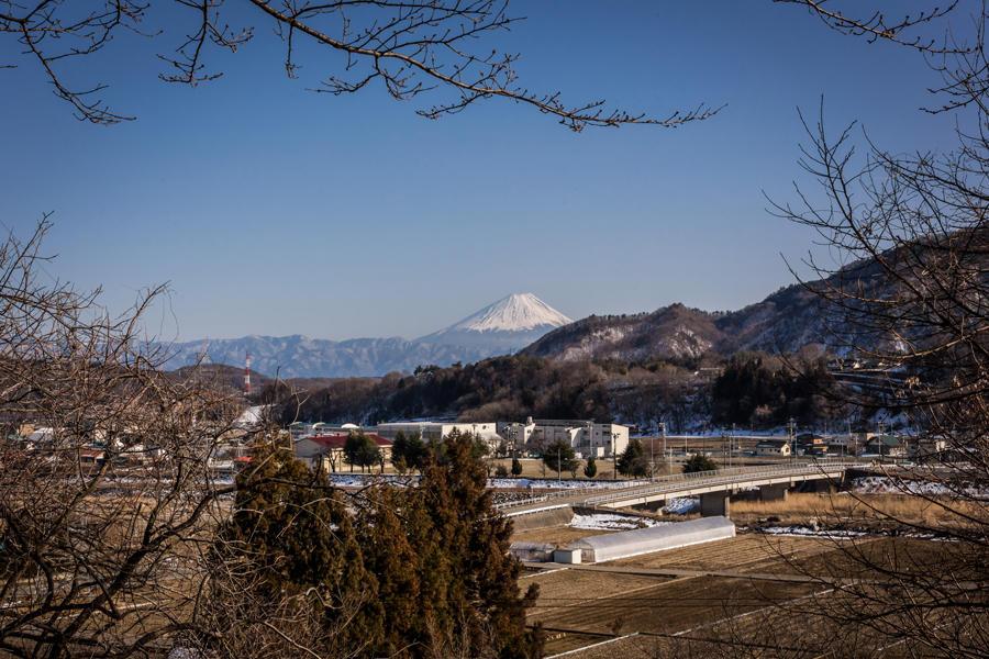 水車の里公園から望む富士山